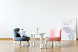 wysokości stołów i krzeseł dla dzieci